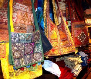 Mala india mode for Mala india magasin waterloo