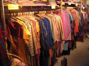 Mala india habillement for Mala india magasin waterloo